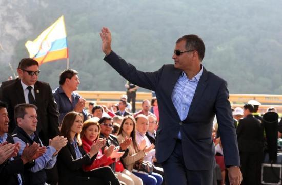 Presidente Correa crea Comité de Transición de Gobierno