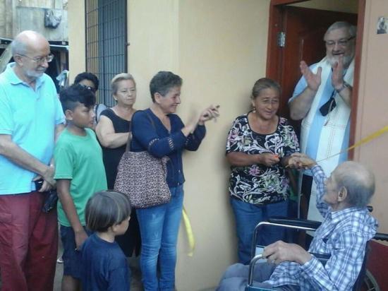 Familia damnificada recibió una casa