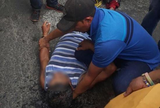 Ciclista fue atropellado en la 24 de Mayo