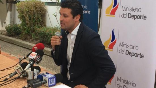 Renuncia ministro de Deporte de Ecuador por motivos personales