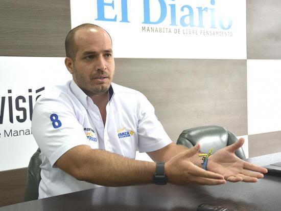 Agustín Intriago: Bajar costo de energía eléctrica