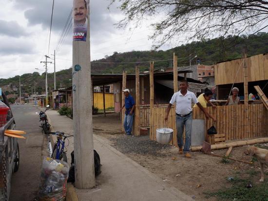 Comerciantes están obligados a salir de la nuevo Portoviejo