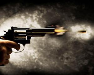 Niña de 2 años muere por una bala perdida mientras jugaba en Río de Janeiro