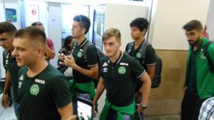 Equipo sub'23 del Chapecoense ovacionado al llegar a Guayaquil para amistoso