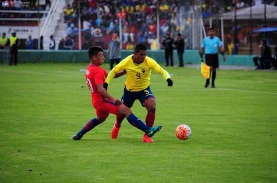 Ecuador mantiene la esperanza de clasificar a hexagonales tras empate ante Chile
