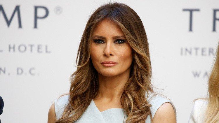 Melania Trump demanda al 'Daily Mail' por decir que fue una prostituta de lujo