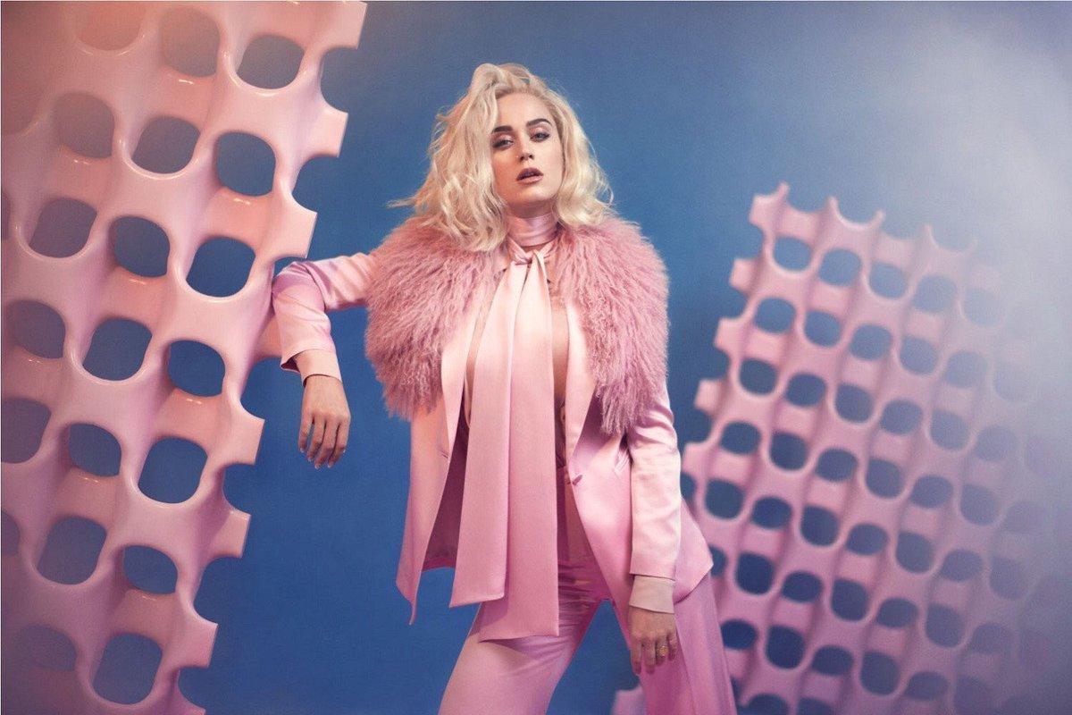 Katy Perry anticipa por sorpresa su cuarto disco con 'Chained to the rhythm'