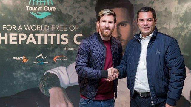 Messi lleva su lucha contra la hepatitis hasta Egipto