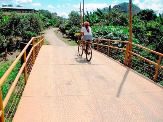 Obras benefician a varios sectores de Bolívar