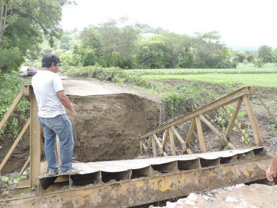 Tres comunidades están aisladas tras lluvias