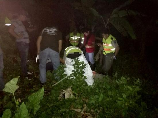 Encuentran el cadáver de un hombre entre unos matorrales