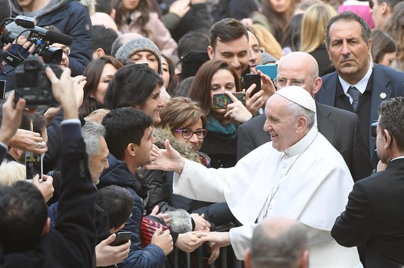 'La falta de diálogo es el germen de la guerra', dice el papa Francisco
