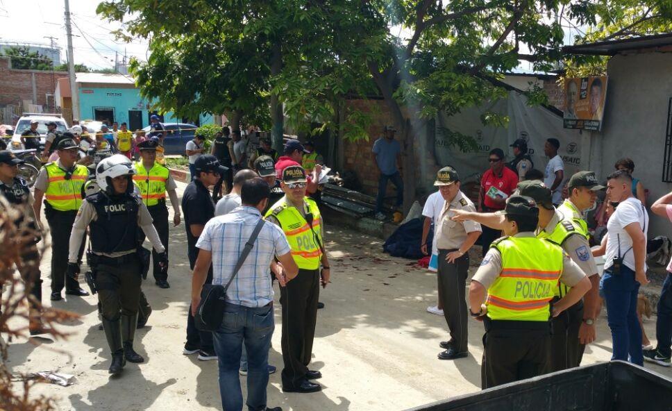 Un hombre es asesinado a balazos en el barrio Miraflores de Manta