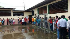 Proceso electoral en Valencia empezó con minutos de retraso