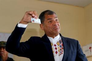 Correa: 'Hay que contar voto a voto' para saber desenlace de comicios Ecuador