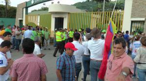 Incidente entre simpatizantes de Alianza País, Creo y Suma en la UTM