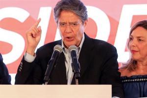 Lasso advierte estar 'vigilantes' en el CNE para 'evitar un fraude'