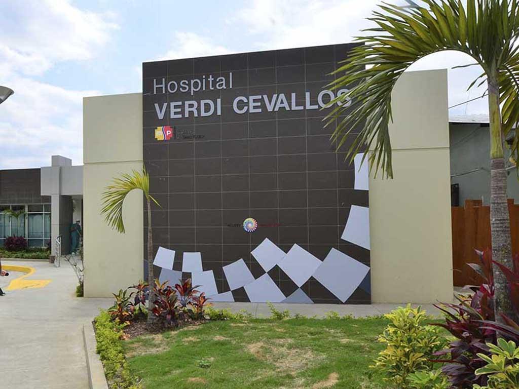 Joven de 19 años es hospitalizado tras presuntamente ingerir veneno