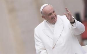 El Vaticano perseguirá el uso lucrativo no autorizado de la imagen del papa