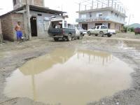 """Ciudadelas se llenan de """"piscinas"""" por lluvias"""
