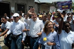 Grupos GLBTI expresan su apoyo al candidato Guillermo Lasso