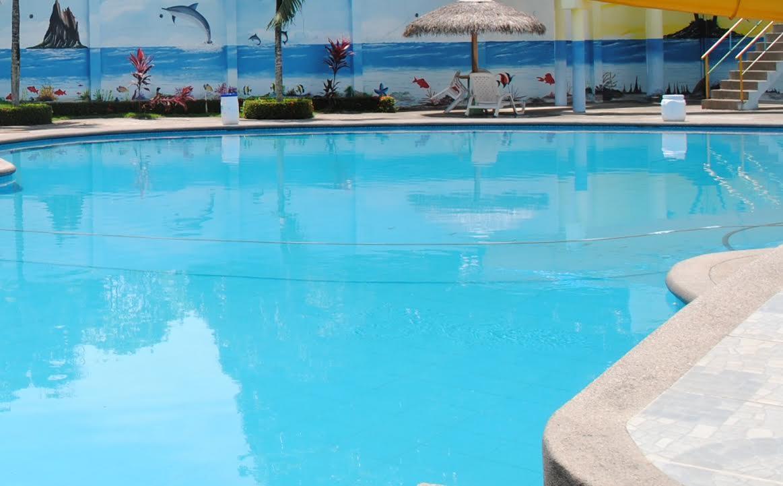 Piscinas familiares diario el r o for Construccion de piscinas en ecuador