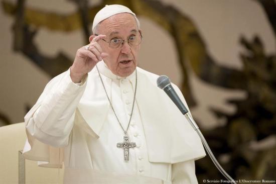 El papa expresa su cercanía al 'querido' pueblo peruano tras las inundaciones