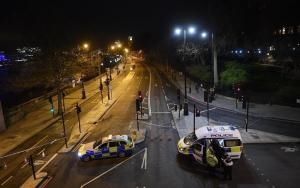 Policía eleva a cinco los muertos y 40 los heridos en el atentado de Londres