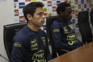 Matías Oyola: 'se nos viene el partido más importante' ante Colombia