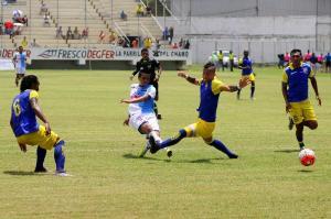 ¡Derrotados en casa!: Liga de Loja vence por 1-2 al Manta FC en el Jocay
