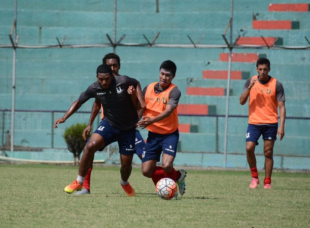 Imbabura derrotó por 1-0 a Liga de Portoviejo en Ibarra