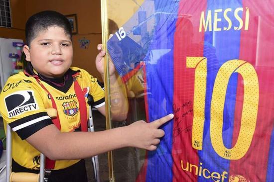 Matías y Messi
