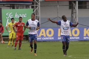 Clan Juvenil vence a River Ecuador, su primera victoria en la Serie A [2-1]