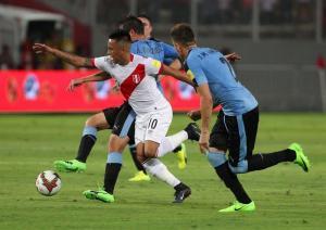 Perú venció 2-1 a su similar de Uruguay en el cierre de la jornada