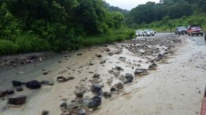 Fuerte lluvia afecta a varios cantones de Manabí