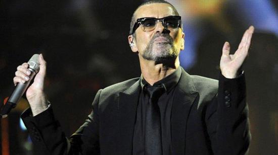 El cantante George Michael fue sepultado hoy, tres meses después de su muerte