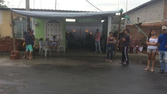 Muere niño que recibió disparo en el barrio Santa Martha de Manta