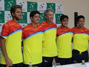 Ecuador y Brasil presentan sus equipos