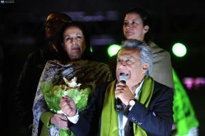 EE.UU. felicita a Lenín Moreno pero recalca 'preocupación' sobre proceso electoral