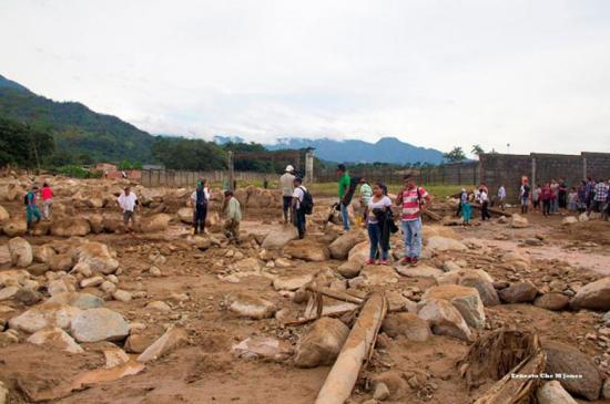 Asciende a 314 la cifra de muertos tras avalancha en Mocoa