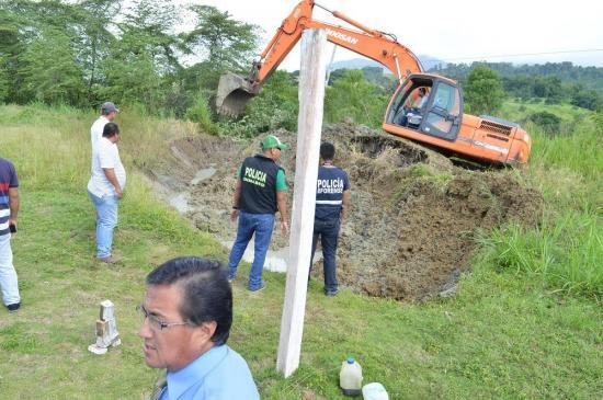 Supuesta 'fosa común' en Pedernales no contenía cadáveres