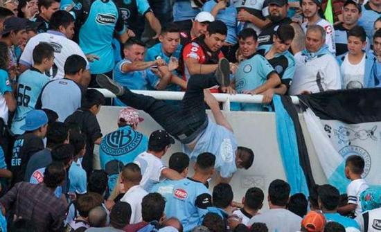 Detienen a hombre acusado de robar zapatos a hincha del Belgrano que murió