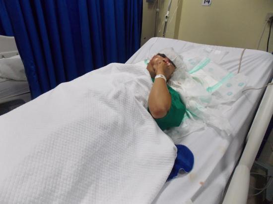 Motociclista está grave y será llevado a otro hospital
