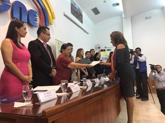CNE inicia entrega de credenciales a asambleístas electos