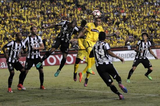 Barcelona SC deja escapar el triunfo ante Botafogo en el Monumental (1-1)
