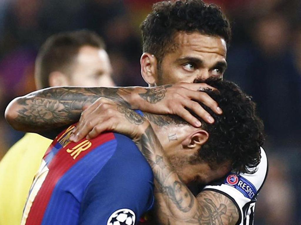 Alves se lamenta por sus amigos