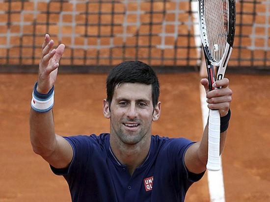 Djokovic y Nadal pasan  a cuartos