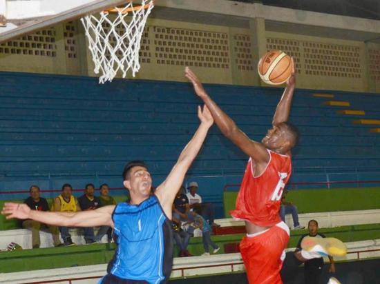 Manabí participa en campeonato nacional de  baloncesto