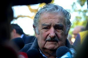Mujica no se involucrará en conflicto venezolano porque es 'Pepe' no 'mago'