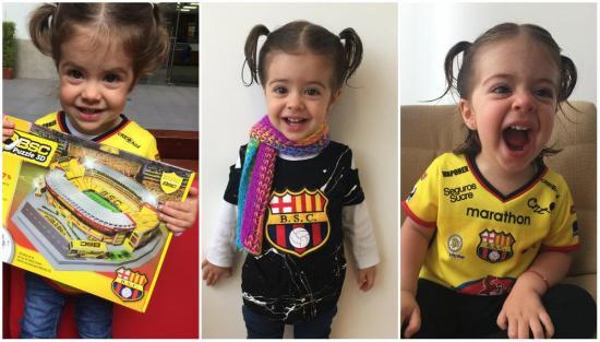 Adela, la 'Mini Hincha' manabita que causa furor en Instagram